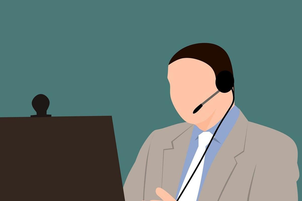 Blog Header - Man at Computer
